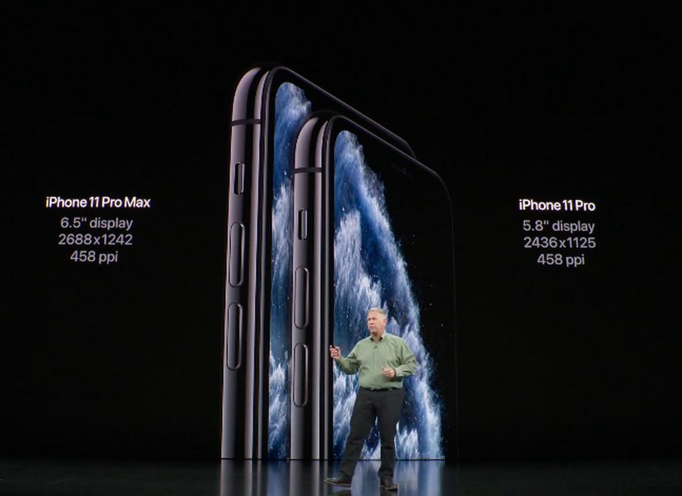 Diferenças entre iPhone 11 Pro Max e iPhone 11 Pro — Foto: Reprodução/TechTudo