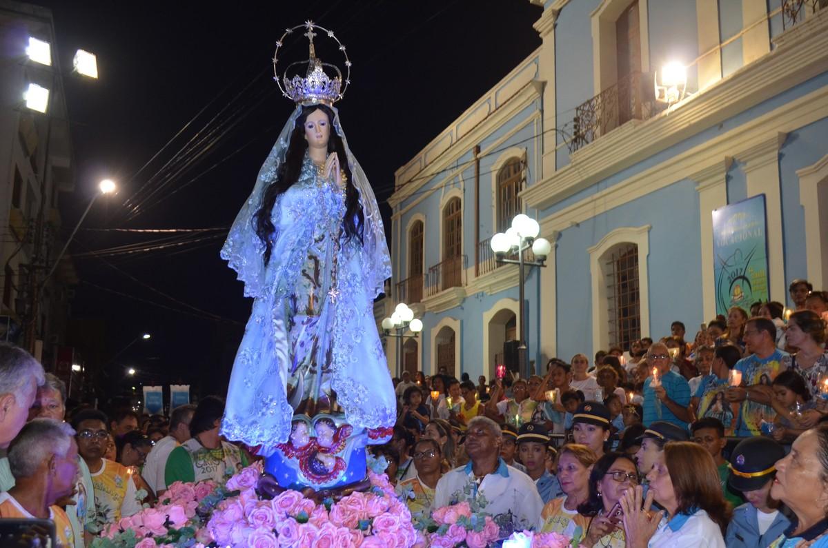 Trasladação noturna do Círio da Conceição reúne quase 30 mil fiéis em Santarém