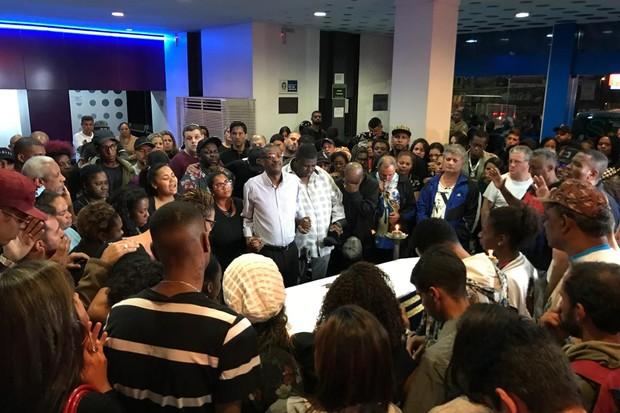 Corpo de Mr. Catra é velado no Rio (Foto: QUEM)