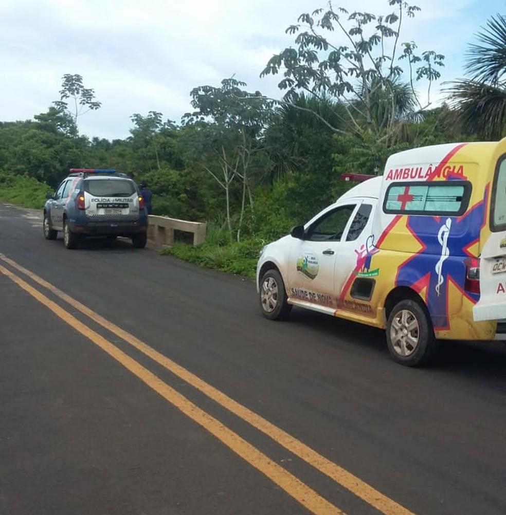 Corpos foram encontrados próximo a uma ponte na MT-160 — Foto: Polícia Militar-MT/ Divulgação