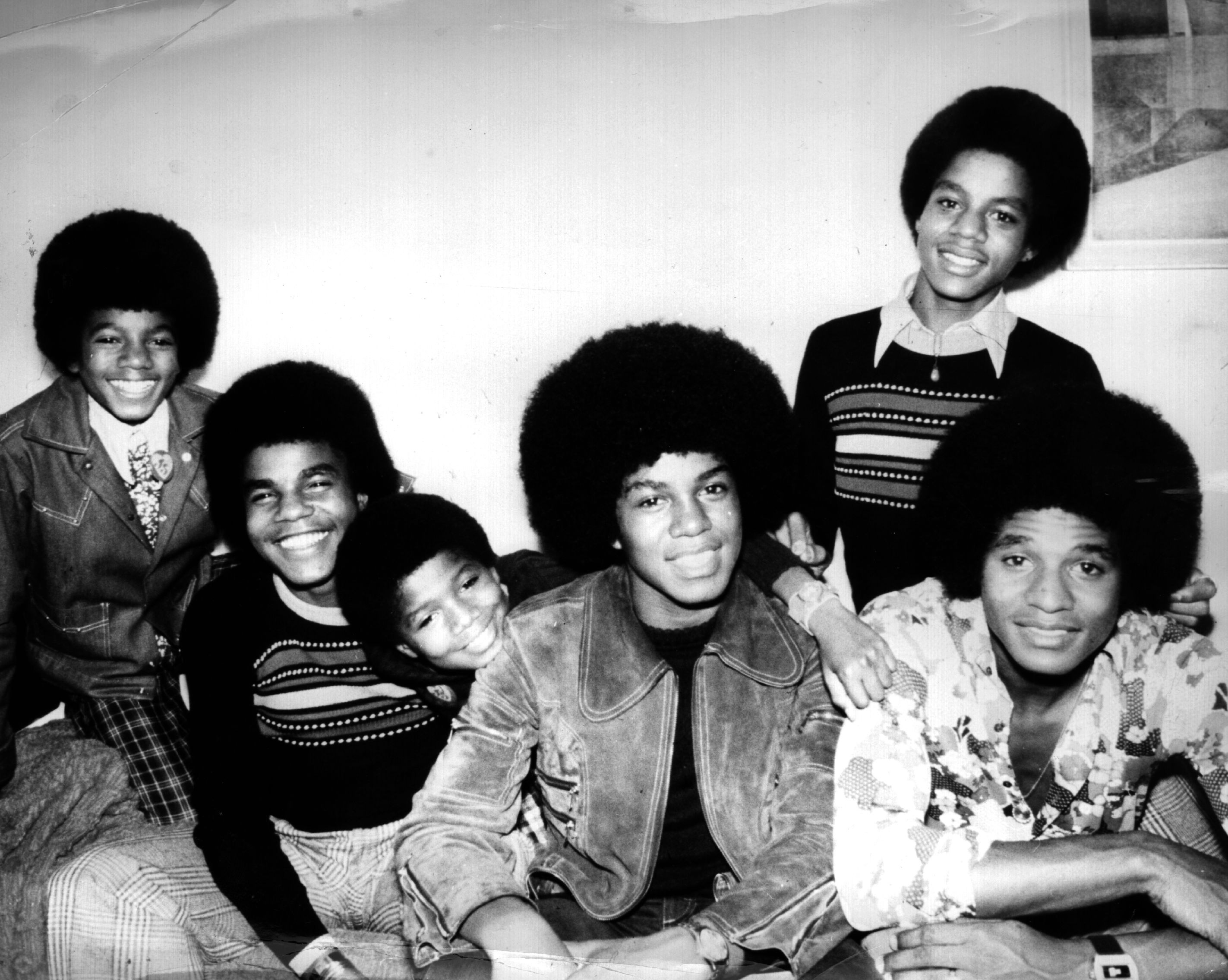 O cantor Michael Jackson com seus irmãos do Jackson 5 (Foto: Getty Images)