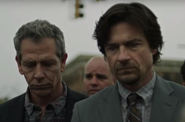 Ben Mendelsohn e Jason Bateman em 'The outsider', da HBO (Foto: Divulgação/HBO)