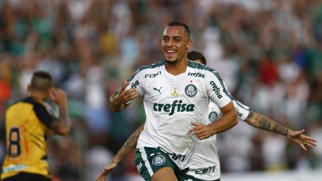 Arthur, o autor do gol de empate do Palmeiras no segundo tempo