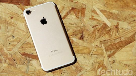Foto: (Veja modelos de capa para proteger o iPhone 7 e iPhone 7 Plus (Foto: Anna Kellen Bull/TechTudo))