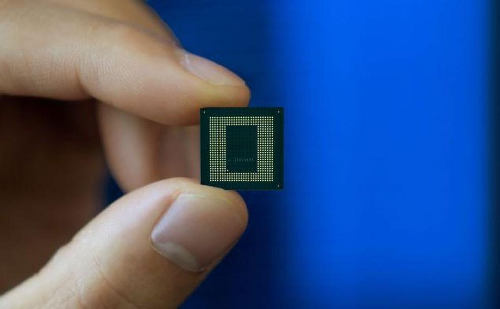Novos chips para celulares e nova funcionalidade do Android devem ampliar disponibilidade de atualizações de software e segurança para dispositivos móveis — Foto: Divulgação/Qualcomm