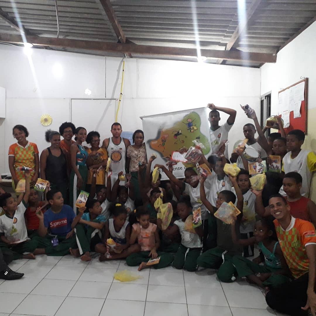 Baiano dá aulas de capoeira online por causa da pandemia da Covid-19: 'saúde e cultura'