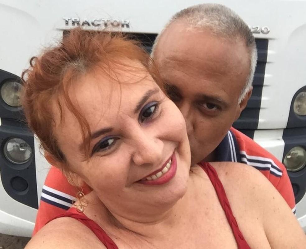 Casal separado há 20 anos se reencontra no Dia dos Namorados: 'sempre foi o amor da minha vida' — Foto: Arquivo pessoal