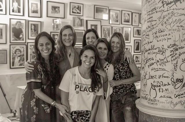 Claudia Mauro visita o set de 'Mulheres de 50' (Foto: Sabrina da Paz)