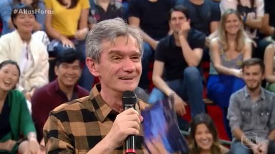 Serginho Groisman canta no 'Altas Horas' e surpreende fãs; veja o vídeo!