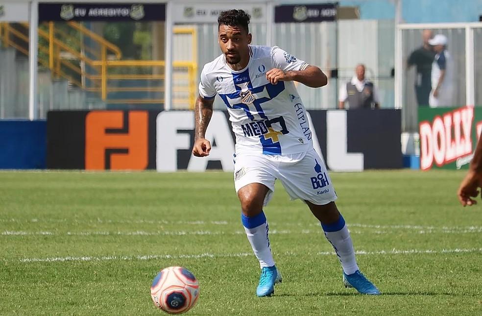 Robinho fez nove jogos e oito gols pelo Água Santa em 2019 — Foto: Michael Sanches / Água Santa