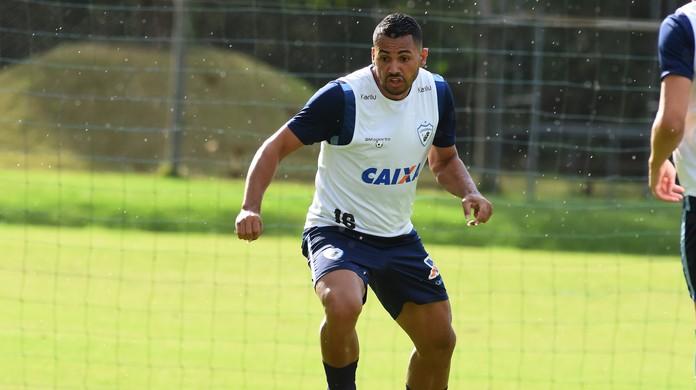 Londrina viaja com Carlos Henrique e sem Dagoberto para jogo com o CSA  3fdb99db34be8