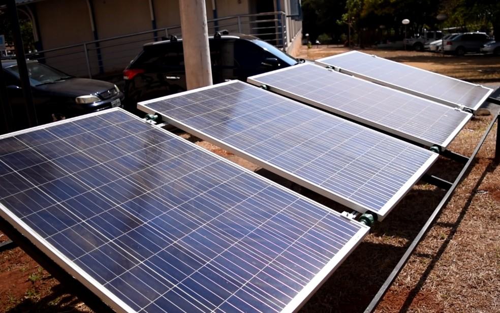 8c8f6eb41c6 ... Placas de energia fotovolaica são usadas em empreendimentos em Goiás —  Foto  Vanessa Martins
