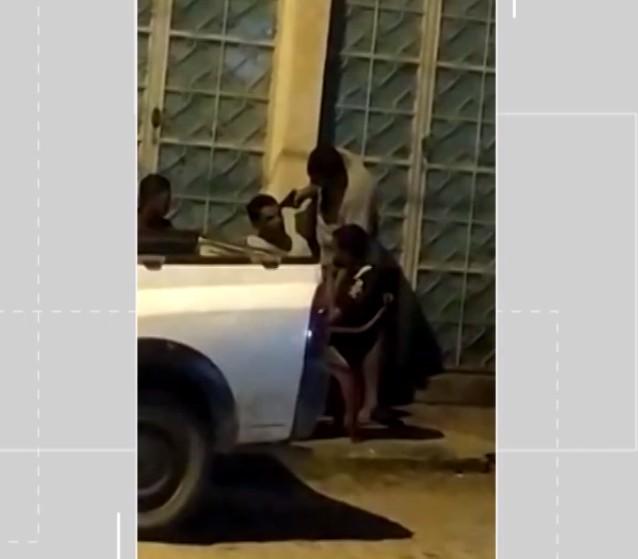 Soldado da PM é indiciado por tentativa de homicídio após apontar arma para homem durante discussão na BA; VÍDEO