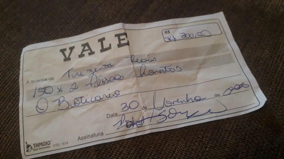 Idoso é roubado e recebe de ladrão 'voucher para pessoa honesta' e dinheiro falso no litoral de SP