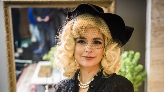 Cláudia Abreu celebra papel surpreendente: 'A Lídia é interessante porque não é previsível'