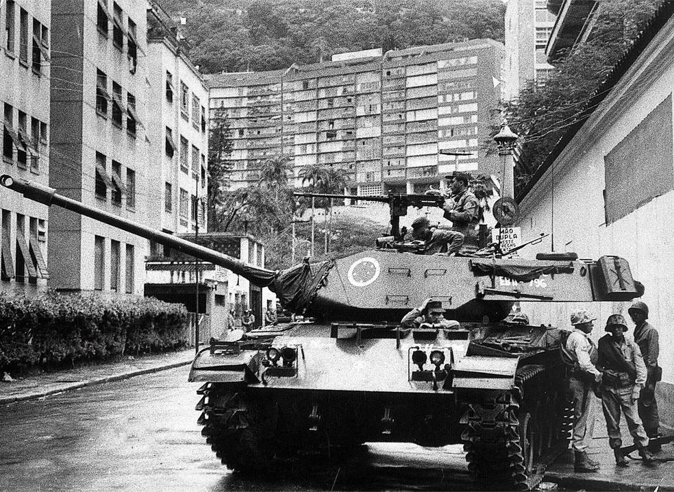 Proximidades da residência de Jango em 31 de março de 1964, dia do golpe — Foto: Arquivo/Estadão Conteúdo