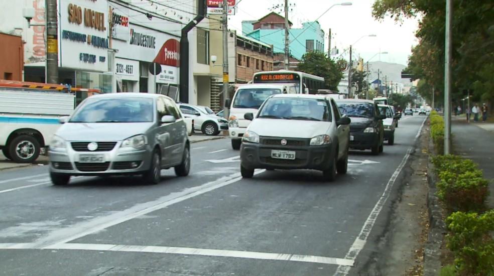 Quinta e última parcela do IPVA vence nesta segunda-feira para os motoristas que optaram por parcelar o imposto.  (Foto: Reprodução EPTV)