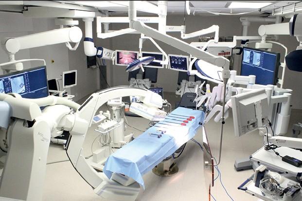 Empresa do Ano: Hospital Albert Einstein - Sala de um dos centros cirúrgicos, equipada com recursos de robótica para procedimentos menos invasivos (Foto: Divulgação)
