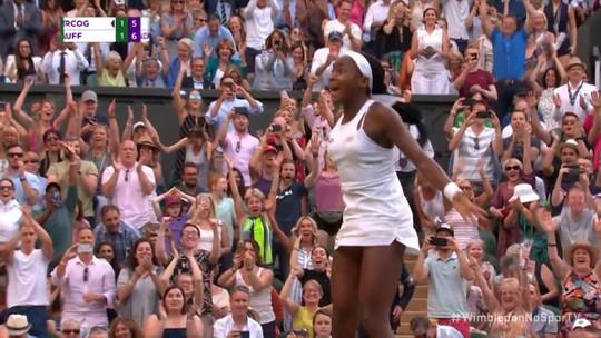 Fenômeno de 15 anos, Cori Gauff gera discussão sobre restrição de idade no tênis feminino