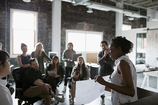 Promover mulheres à liderança ainda é desafio para empresas (Foto: Getty Images)