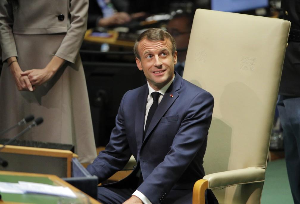 Emmanuel Macron se prepara para discursar na Assembleia Geral da ONU — Foto: Brendan Mcdermid/Reuters