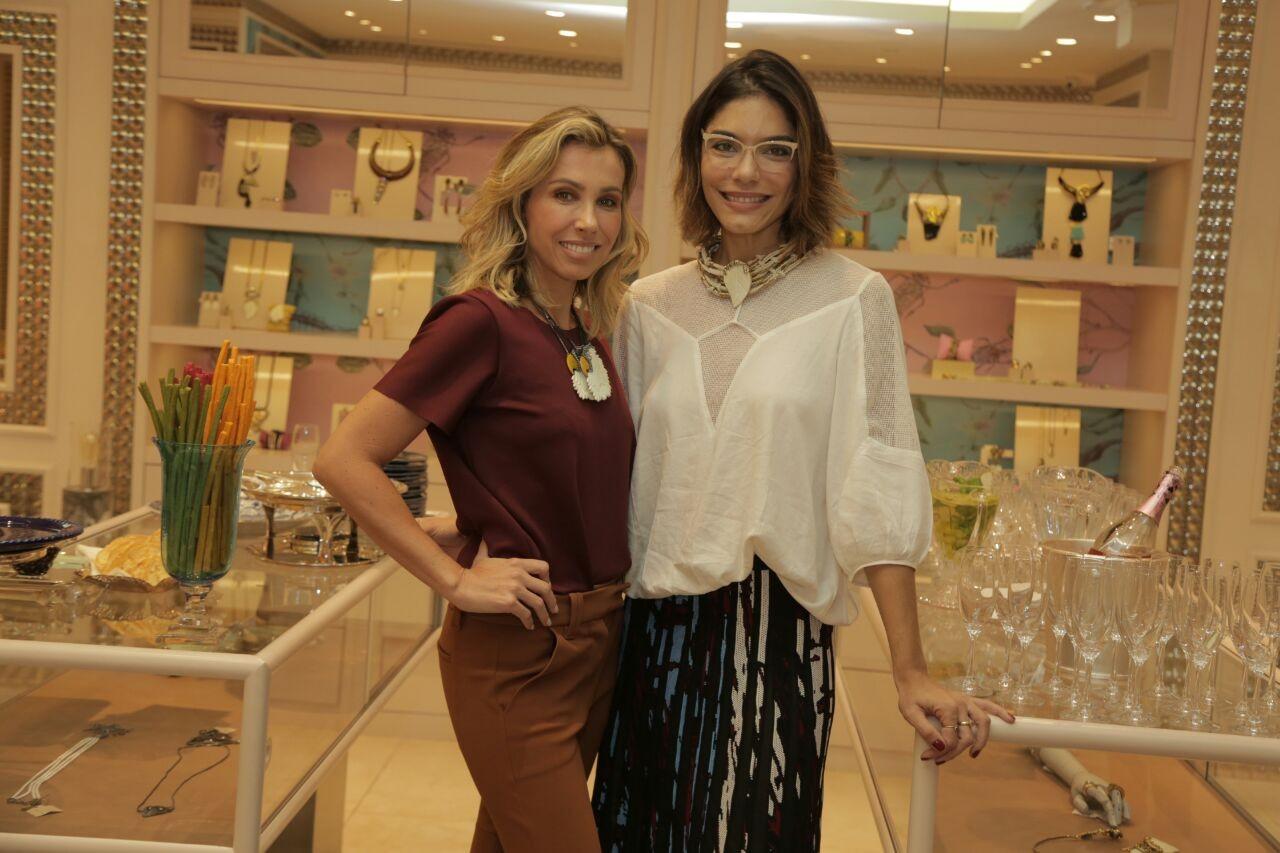 Laura Ancona, diretora de redação de Marie Claire, e Camila Klein (Foto: Daniell Marafon)