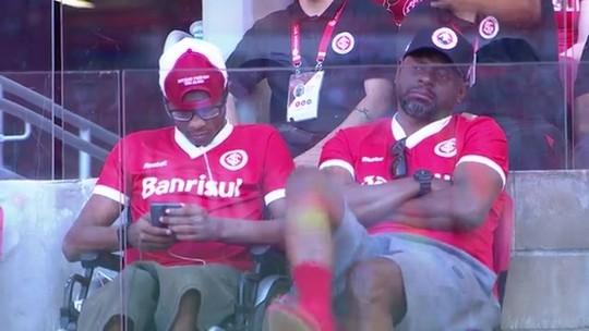 Pai de Luiz Adriano assiste a empate entre Inter e Palmeiras no Beira-Rio; veja o vídeo