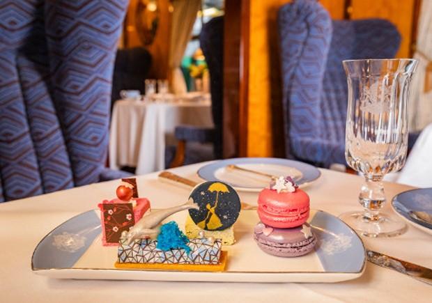 O Belmond British Pullman oferecerá um chá da tarde inspirado no filme Mary Poppins, a partir de fevereiro (Foto: Belmond British Pullman/ Reprodução)