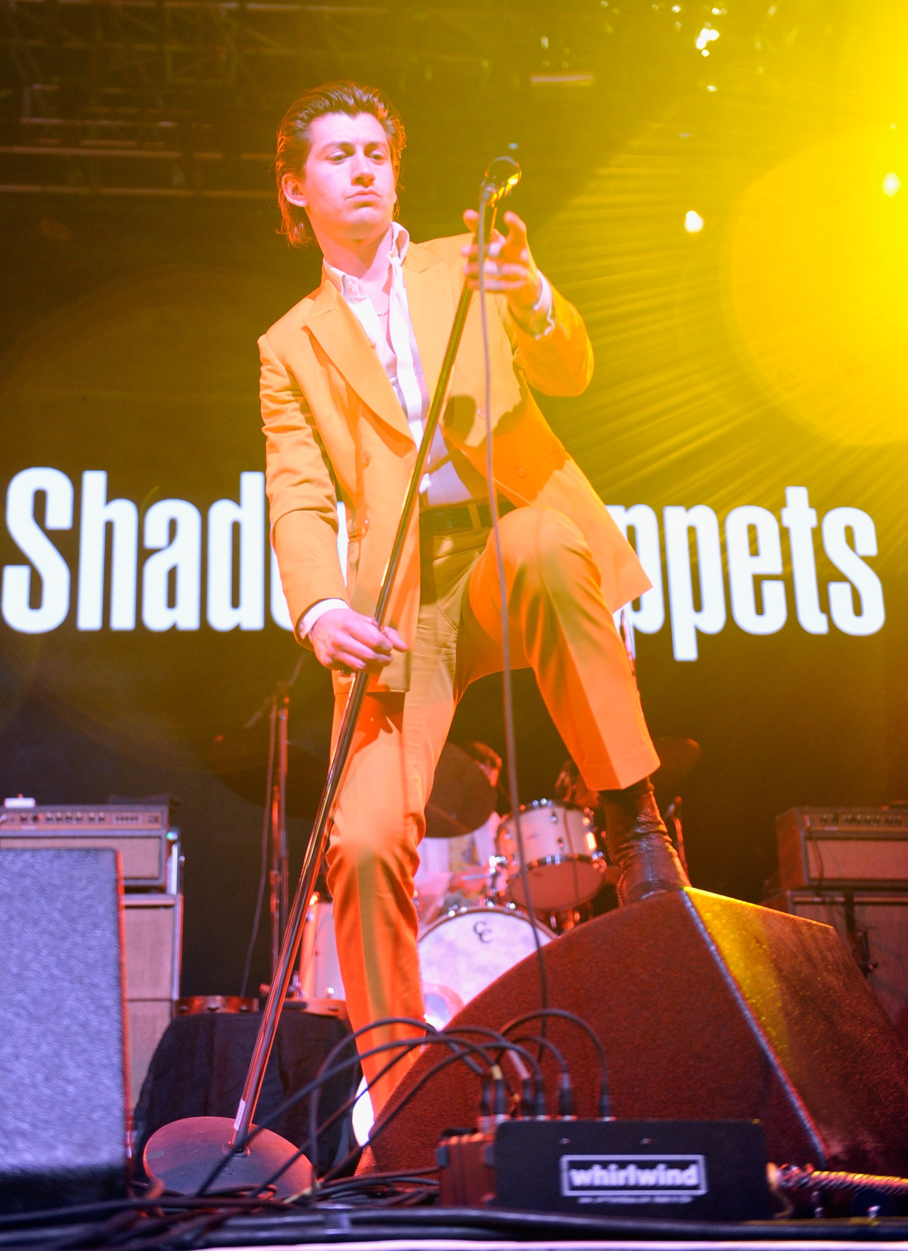 Alex Turner em 2016: elegância descontraída. (Foto: Getty Images for Coachella)