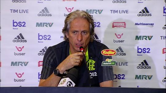 """Jesus diz que Cuéllar fará falta, mas o critica: """"O símbolo do Flamengo é que está acima"""""""