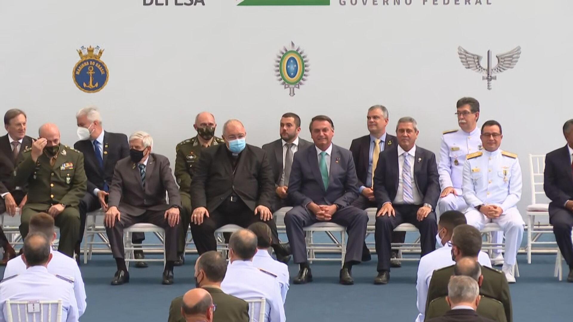 Entenda o que são os 11 crimes que a CPI da Covid deve atribuir a Bolsonaro
