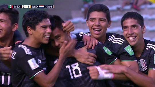 """Autor de cavadinha frustrada, mexicano Efrain Álvarez é xodó de Ibrahimovic: """"Maior talento na MLS"""""""