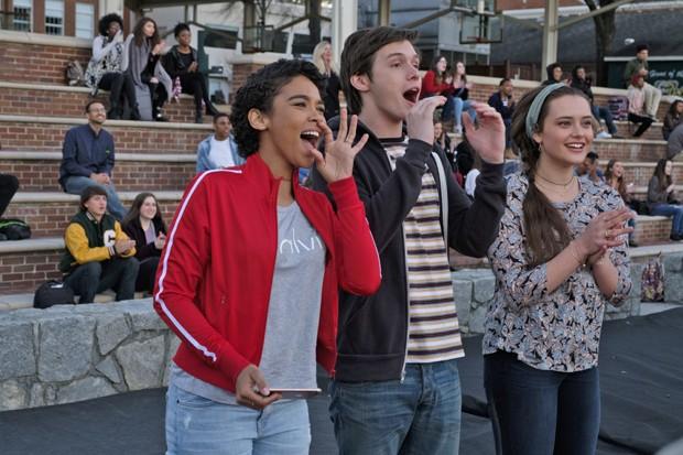 Alexandra Shipp, Nick Robinson e Katherine Langford em Com Amor, Simon (Foto: Divulgação)