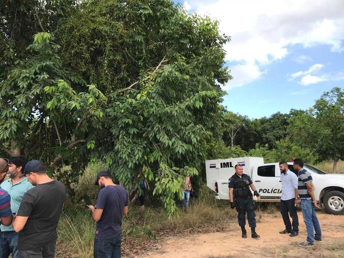 Dois homens são encontrados mortos com sinais de crueldade em área de invasão, em Boa Vista