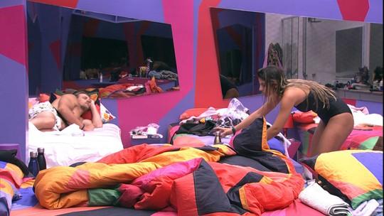 Hariany troca de roupa no Quarto Diamante e Diego dorme