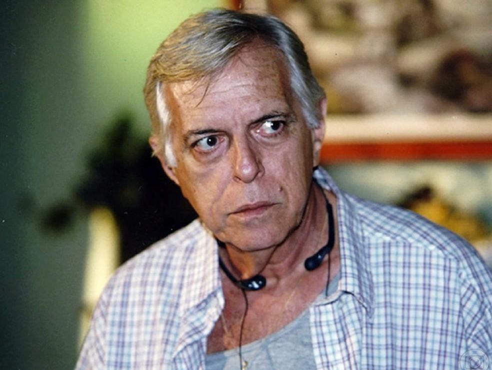 Oswaldo Loureiro em 'Uga Uga', de 2000  (Foto: Nelson di Rago/TV Globo)