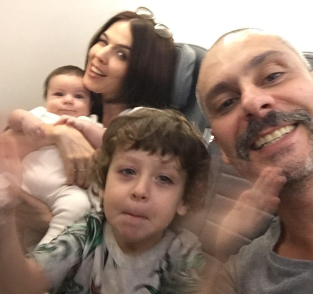 Alexandre Nero e família (Foto: Reprodução Instagram)
