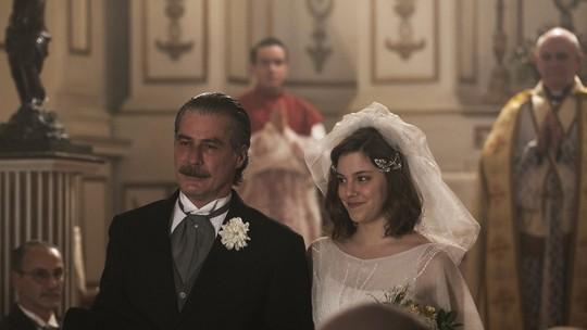 Final de 'Ligações Perigosas': Cecília se casa com Heitor, e tem filho de Augusto