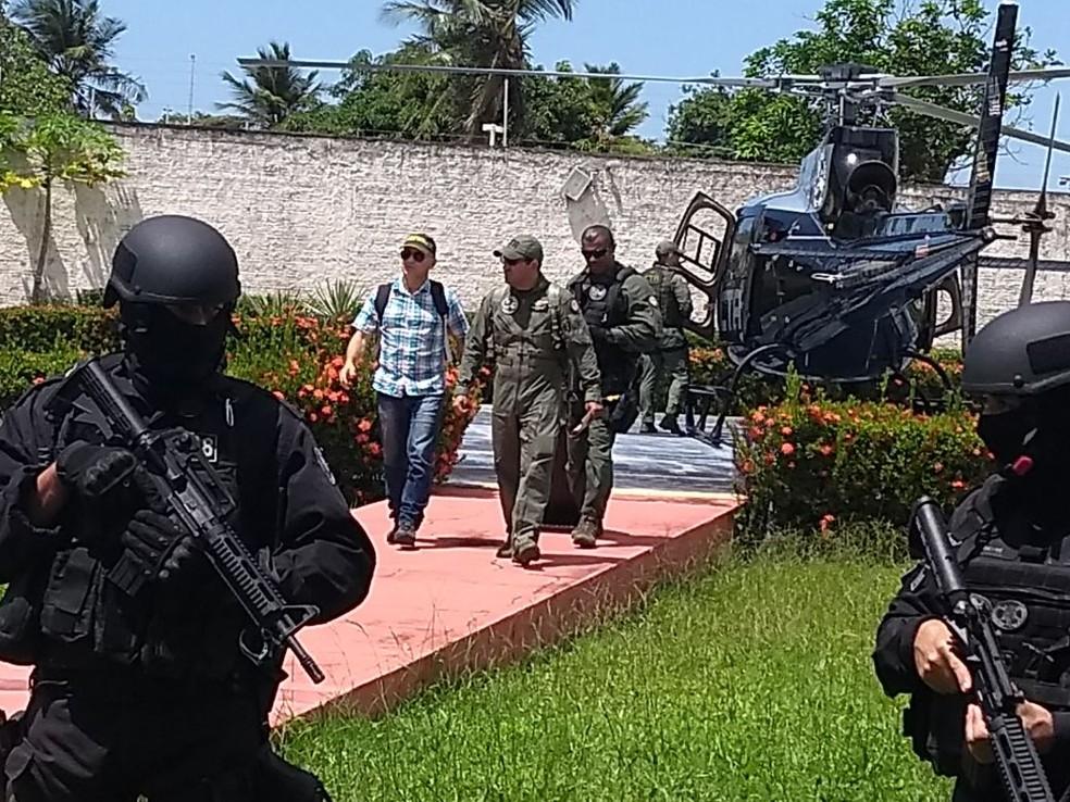 Tenente-coronel Antônio Eriverton Nunes Araújo desembarcou na tarde desta quarta-feira (7), em São Luís. (Foto: Mauro Wagner/SSP)