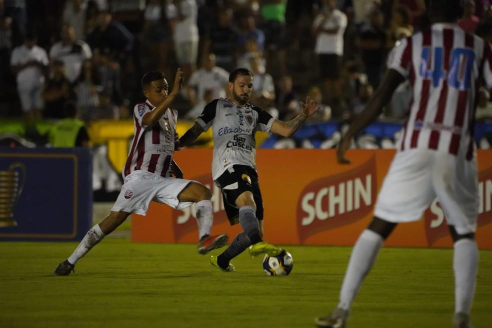Botafogo-PB e Náutico estão se enfrentando com frequência do ano passado para cá — Foto: Paulo Cavalcanti / Botafogo-PB