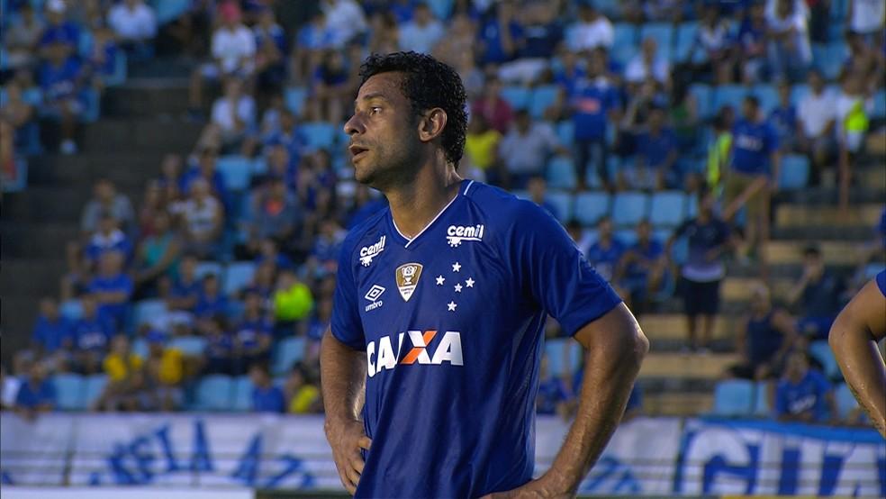 ... Cruzeiro aguarda decisão judicial para depositar multa de Fred na  Justiça — Foto  Reprodução  12f551c7b935c