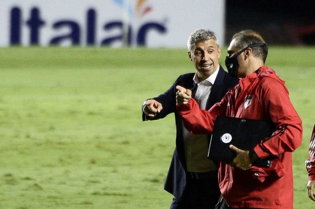 Hernán Crespo em jogo do São Paulo — Foto: Marcos Ribolli