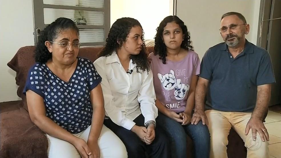Zípora veio com a família da Paraíba em busca de tratamento para a irmã em Rio Preto — Foto: Reprodução/TV TEM
