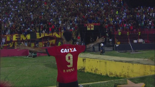 """Meia no Sport, Michel Bastos volta a marcar após um ano: """"Por isso estou aqui"""""""