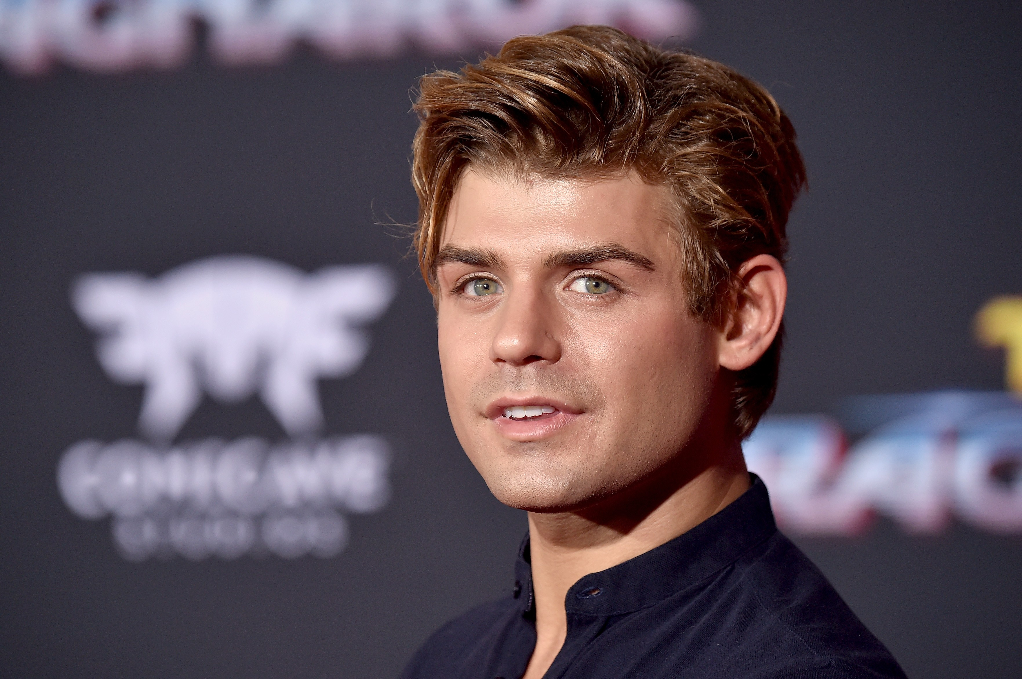 O ator Garrett Clayton (Foto: Getty Images)