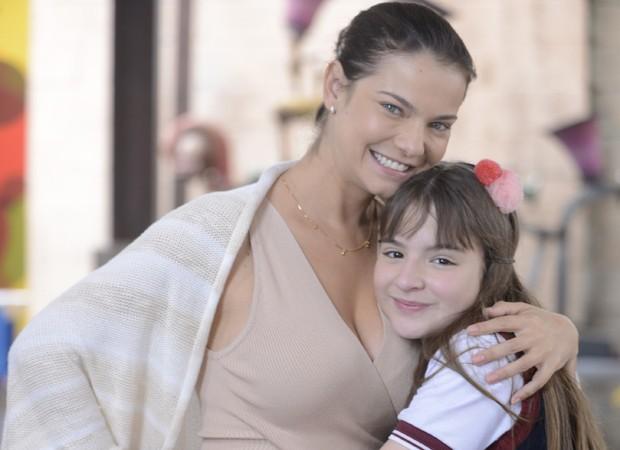 Milena Toscano e Sophia Valverde (Foto: Lourival Ribeiro/SBT)