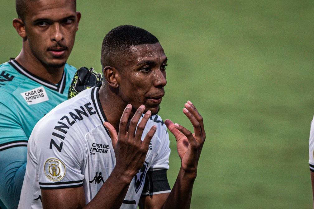 Kanu, do Botafogo: São Paulo fez proposta, negociação avançou e depois emperrou — Foto: Heber Gomes/Agif/Estadão Conteúdo