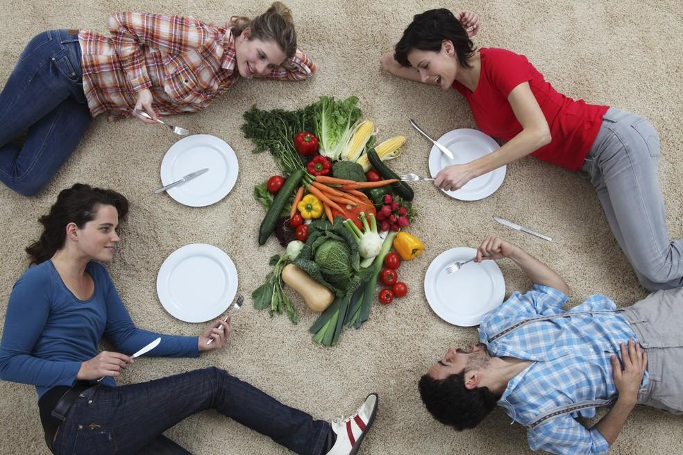 Como ser vegano ou vegetariano sem prejuízo à saúde