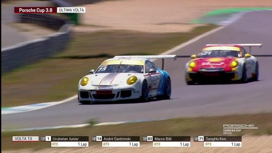 Enzo Elias vence etapa da Porsche Carrera Cup em Estoril, Portugal