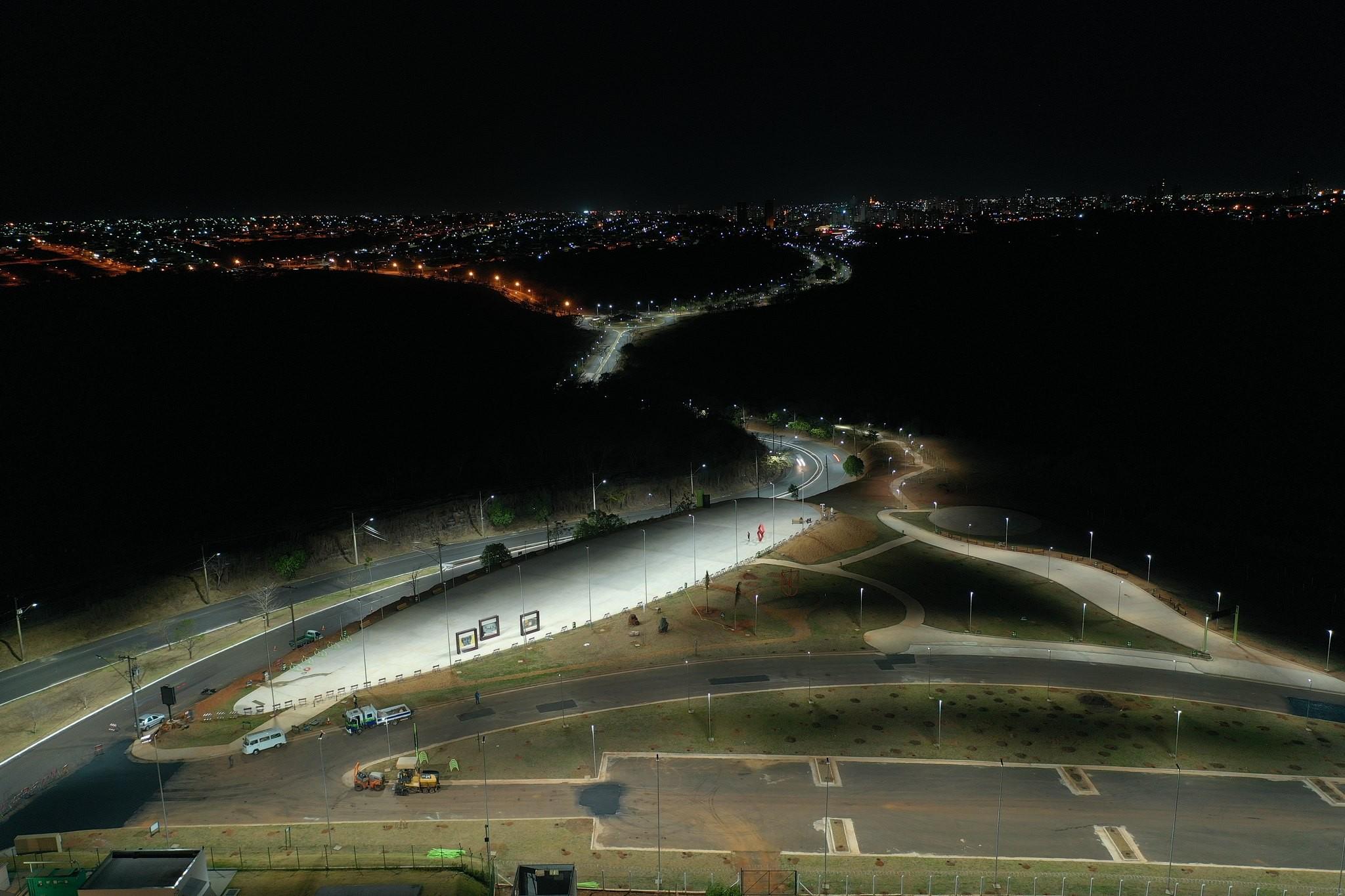 Mirante 'Uberaba 200 anos' e Parque Linear 'João Gilberto Ripposati' são inaugurados
